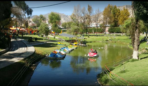 Laguna de Cota Cota. Fotografía Google.